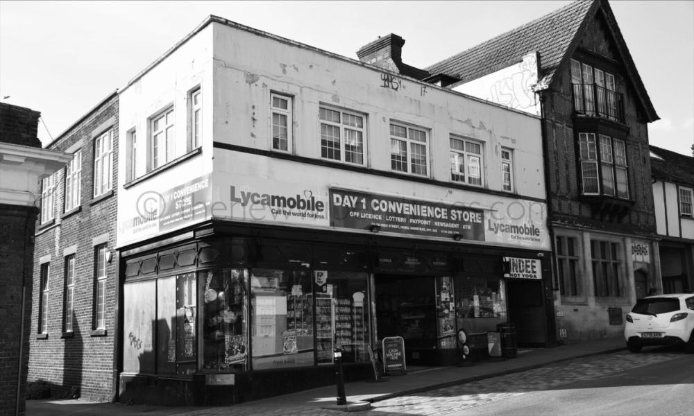 Montague Burton 22-24 Hemel Hempstead Old Town Hertfordshire HP1
