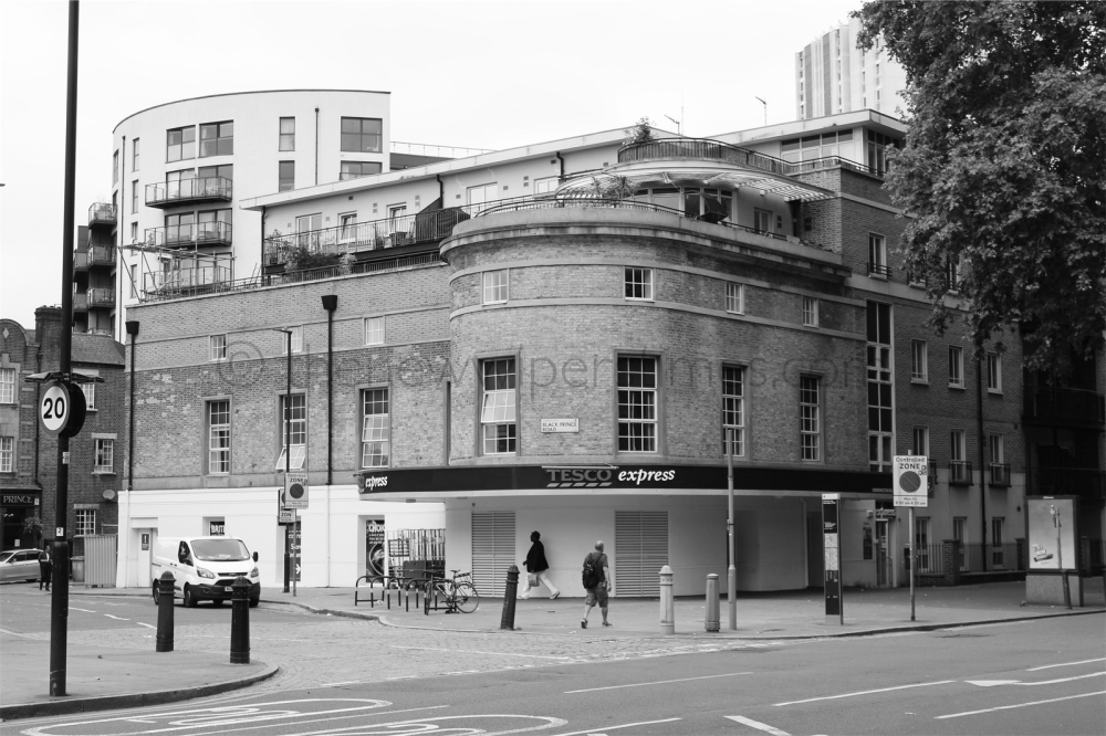 The 'Regal' Cinema, Kennington Road, London S.E.11. © thenewwiperstimes
