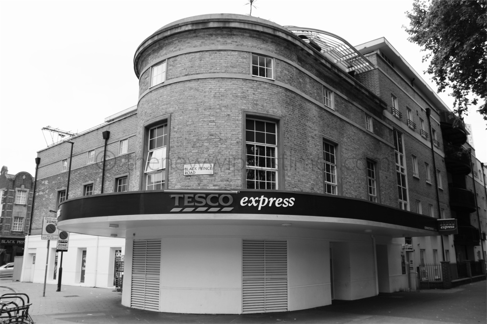 The 'Regal' Cinema, Kennington Road, London S.E.11. © thenewwiperstimes